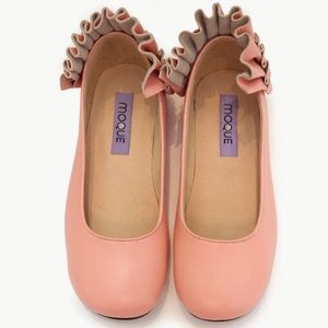 MOQUE PINK LEATHER HEIDI FLATS WITH RUFFLES